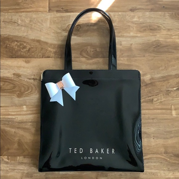 1a587e26a7a Ted Baker London Bags | Ted Baker Almacon Bow Large Icon Bag | Poshmark